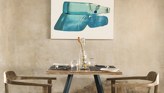 Elegant table seating at Restaurant 51 Fortkochi