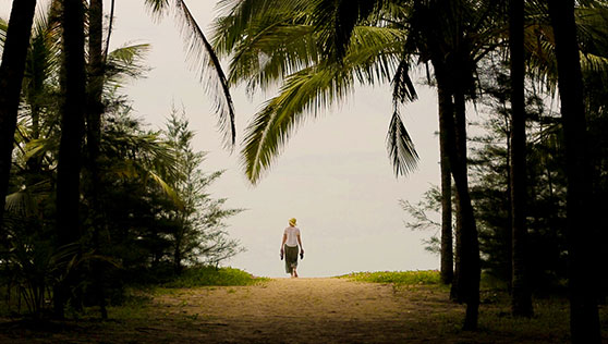Walk to the beach from Xandari Resort Kerala